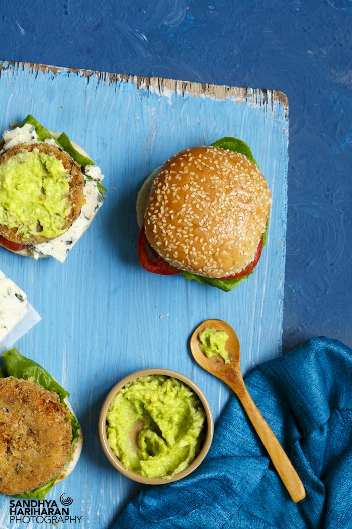 chickpeas burger with avocado dip (1 of 1)-2