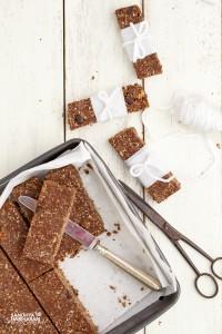 oats chocolate granola bar (2 of 13)