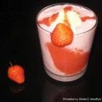 A Strawberry Treat : MilkShake & Cheese Cake