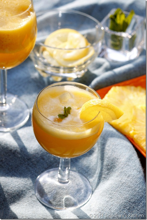 Pineapple Juice with Lemon & Ginger