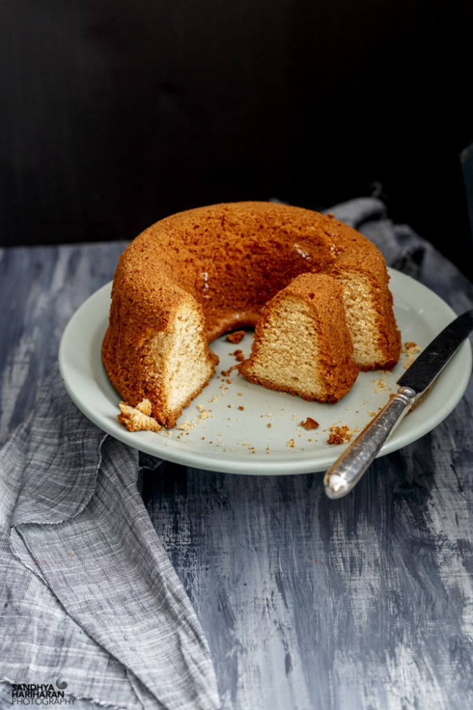 Honey and Vanilla Cake